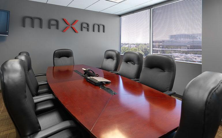 Maxam-0